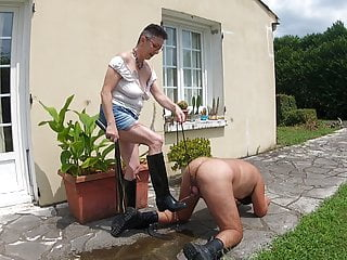 Piss on my rubber boots and lick