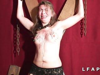Amateur blonde francaise sodomisee et fistee dans 1 jeu bdsm