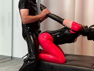 Bupshi - latex fuckslut in armbinder